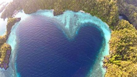 10 Destinasi Wisata Pulau Labengki