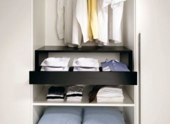 Minimalist Wardrobe Design Ideas 915x668 850x620