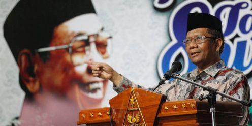 Kisah Gus Dur Ketawa Ketawa Saat Dilengserkan Dari Kursi Kepresidenan