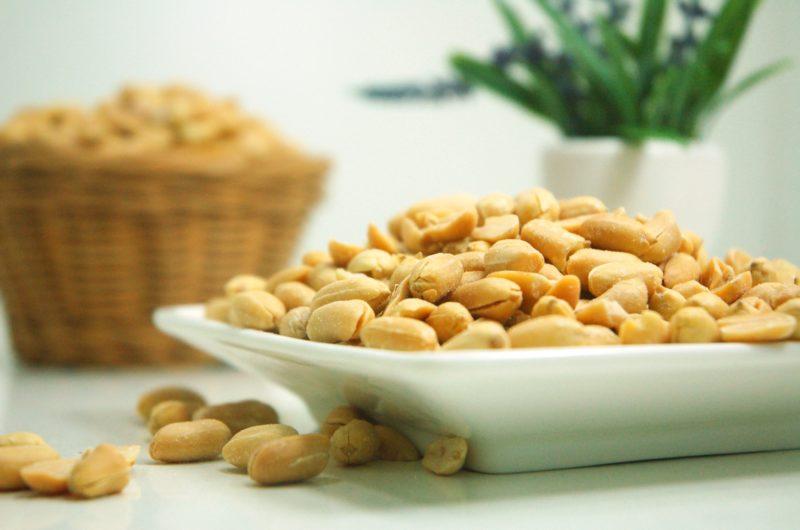 IDM Waspada Inilah 3 Dampak Terlalu Sering Makan Kacang Tanah