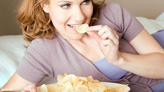 Kurangi Makan Makanan Ringan