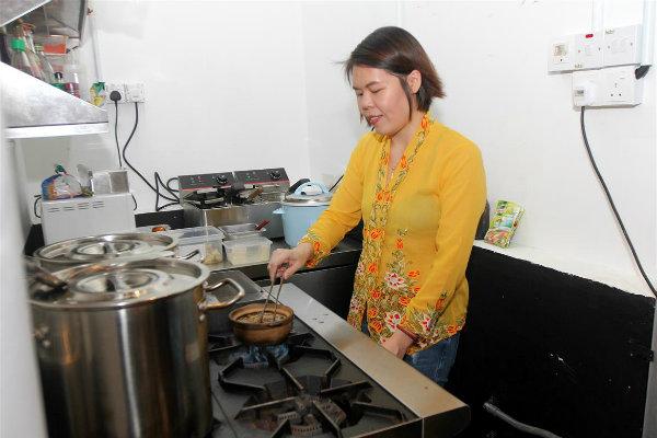 Carolyn Tan Bee Kim