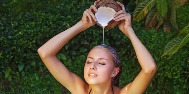 Bahan-Bahan Alami Pelurus Rambut Dan Cara Penggunaannya
