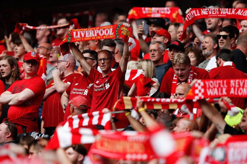 Liverpool Fans Pe8vrjyqms2u159tnrlgp8g74