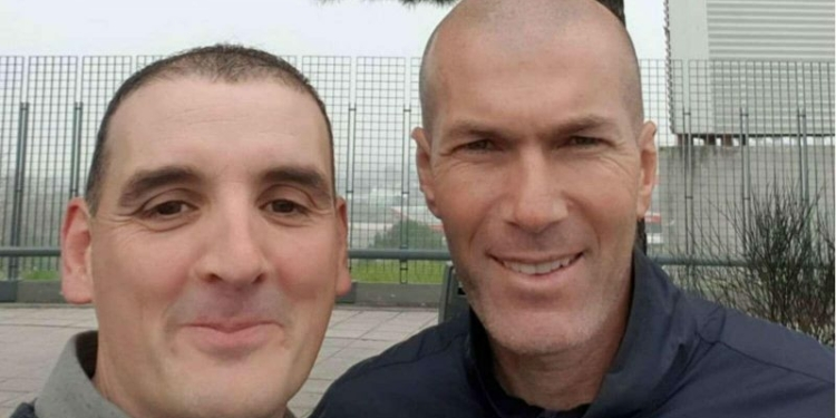 Seorang Pengusaha Merasa Senang Mobilnya Ditabrak Zinedine Zidane