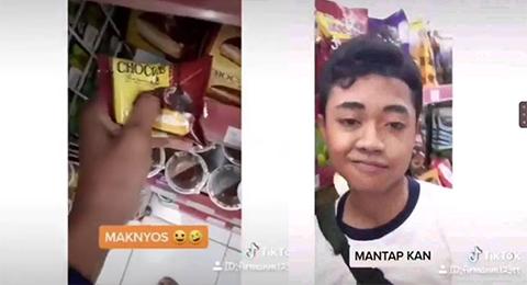 Demi Konten Tiktok Viral, Remaja Pria Merusak Makanan di Minimarket