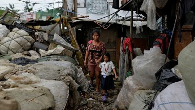 Ilustrasi Kemiskinan | Kumparan.com