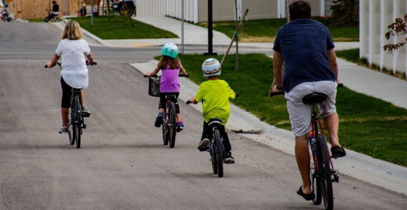 Blog Si Kecil Lebih Aktif Di Luar Ruang Dengan Merk Sepeda Anak Berkualitas Terbaik
