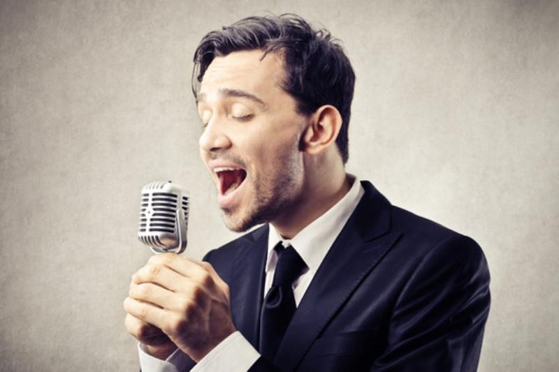 Homepage Male Singer