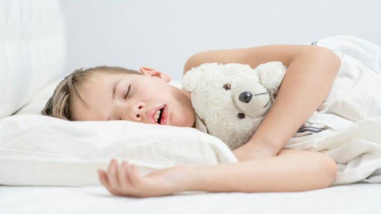 Penyebab Anak Mendengkur Saat Tidur