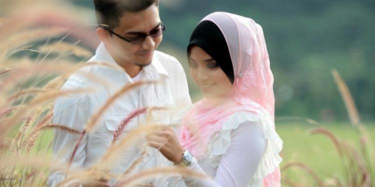Yang Harus Dilakukan Agar Rezeki Suami Mengalir Deras