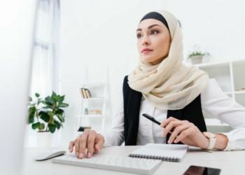 5 Tips Mengambil Hati Wanita Karir, https://hijab.dream.co.id/
