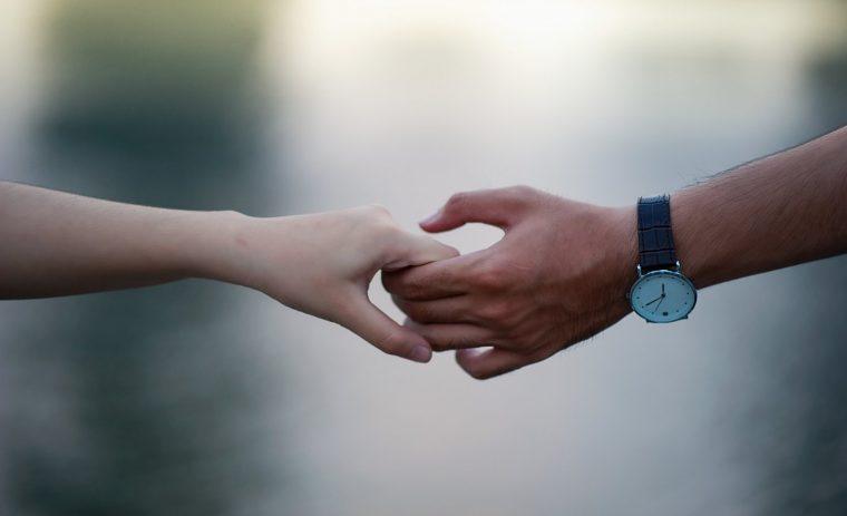 Hal Konyol Yang Bisa Rusak Hubungan Percintaan 760x463 1