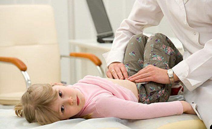 Mengatasi Perut Kembung Pada Anak