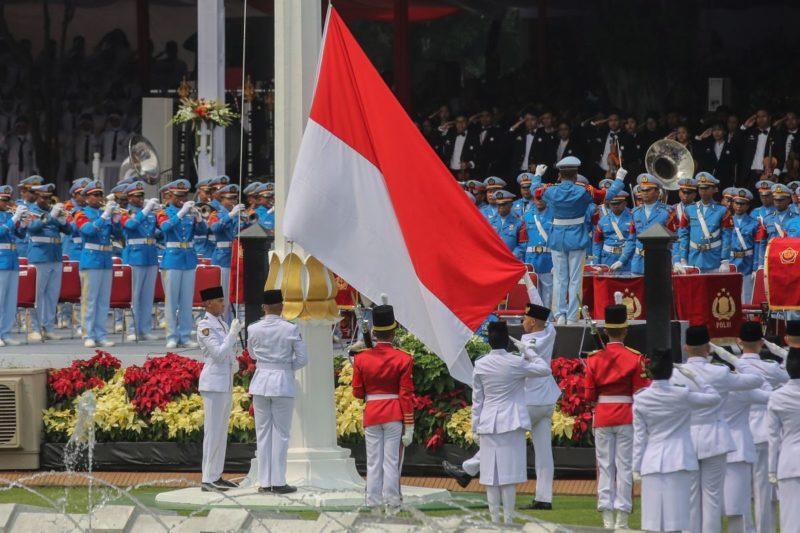 Upacara Kemerdekaan Di Istana