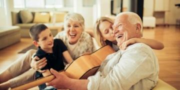 Tips Mudah Akrab Dengan Mertua