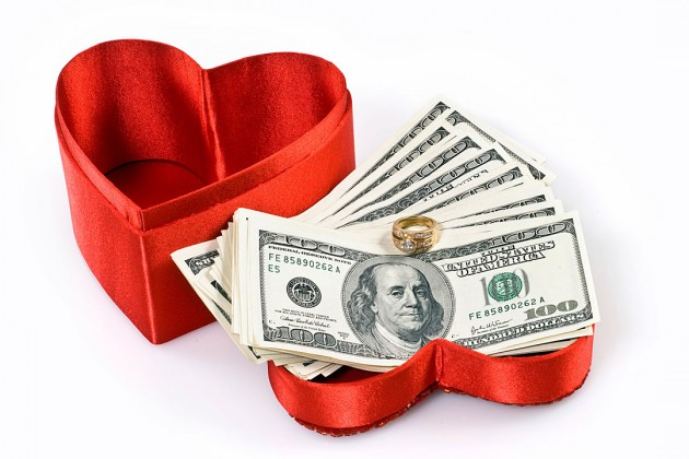 Cinta Uang