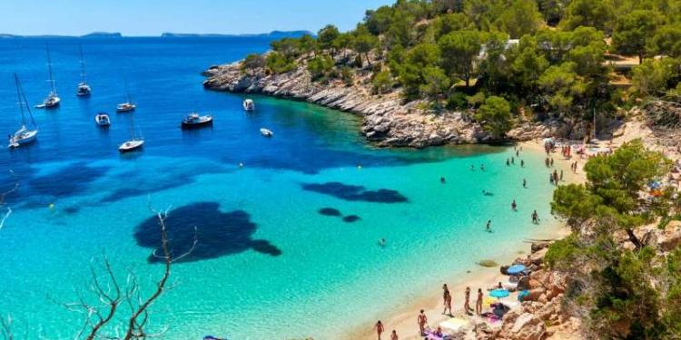 pantai indah spanyol