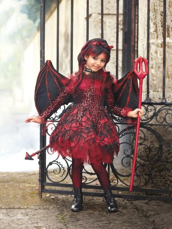 kostum halloween
