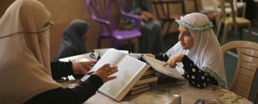 Untuk Orang tua, Ini 5 Cara Membiasakan Anak Untuk Menutup Aurat