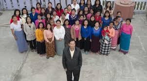 Tambon menikah dengan 120 orang istri