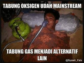 potret orang nyeleneh pake tabung gas