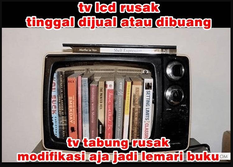 lemari buku dari tv