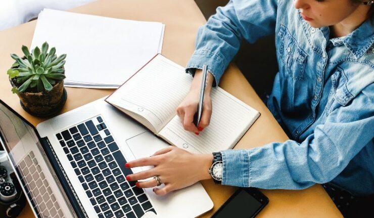 Pekerjaan kekinian hobi menulis