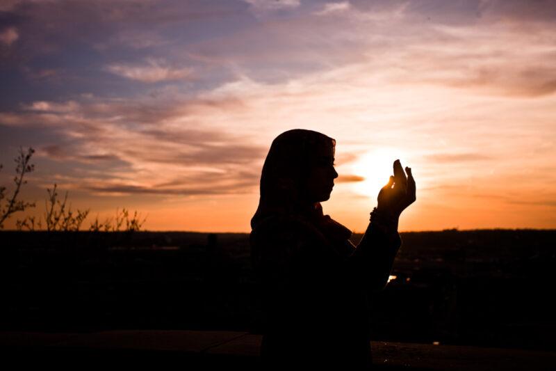 Doa Awal Tahun Dan Doa Akhir Tahun Yang Bisa Kamu Panjatkan