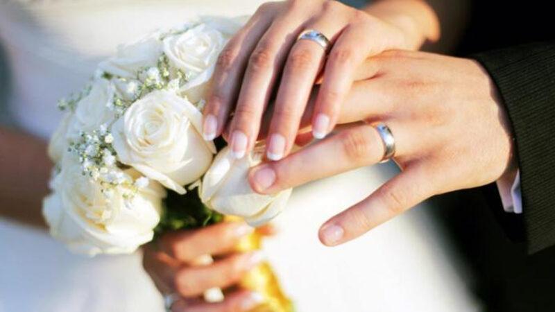 keuntungan telat menikah