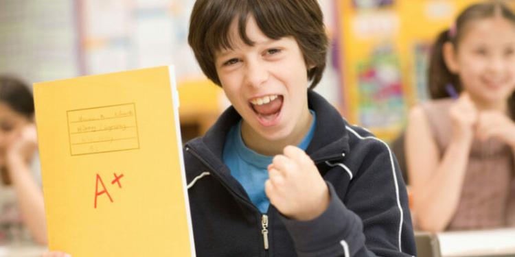 Cara Ampuh Anak Termotivasi Rajn belajar