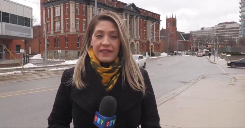 Reporter Tv Mendapat Pelecehan Oleh Seorang Pengendara Mobil