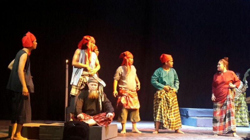 Seni Teater Tradisional Kondobuleng