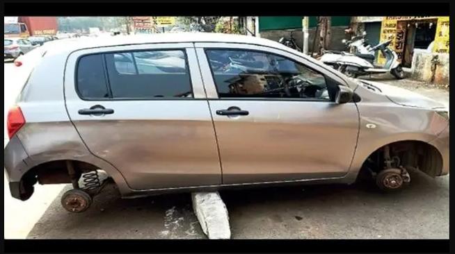 Sudah Parkir Di Dekat Kantor Polisi, Mobil Ini Tetap Kecolongan Oleh Maling