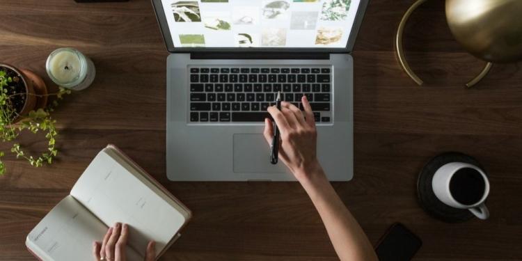 Keuntungan penulis konten website