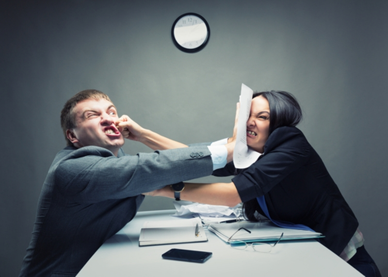 menghadapi rekan kerja yang annoying