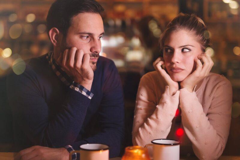 Bersikap Terbuka Dengan Pasangan