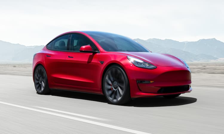 Ilustrasi Mobil Tesla