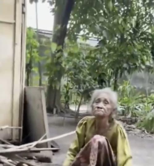 Nenek Ditelantarkan Keluarganya