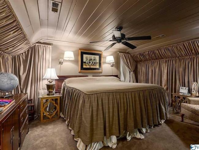 Potret Kamar Tidur Rumah Di Huntsville