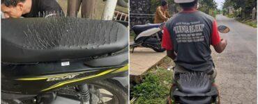 Pria Ini Sampai Pasang Paku Di Jok Motornya Karena Dituduh Sering Boncengin Cewek Lain