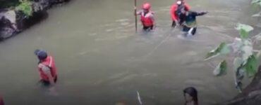 Viral Sosok Wanita Menyeramkan Dalam Video Pencarian Jenazah