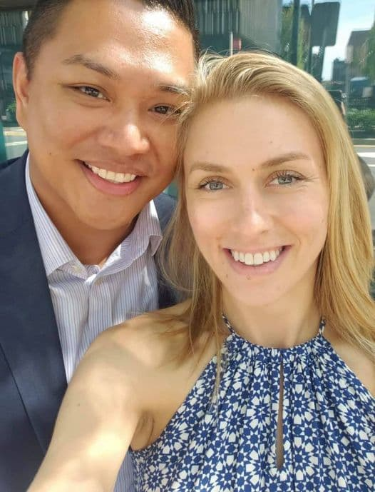 Foto Warren Kwan Bersama Dengan Istrinya