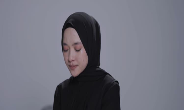 Nissa Sabyan Dalam Video Klip Sapu Jagad