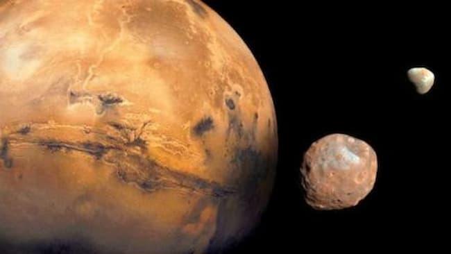 Planet Mars Memiliki Dua Bulan